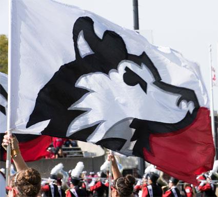 huskie-flag