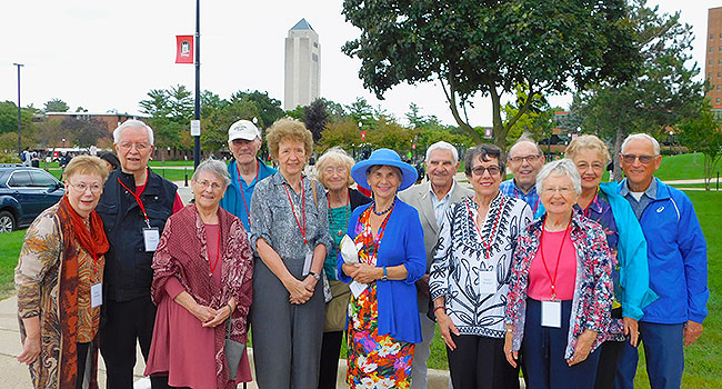 Welcome home, Huskies from the Class of 1959!